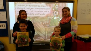 Frau Kaya mit Umutcan und Frau Schmechel mit Luca (türkisch/ deutsche Geschichte)